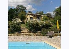 Villetta bifamiliare fronte piscina - Oliveto